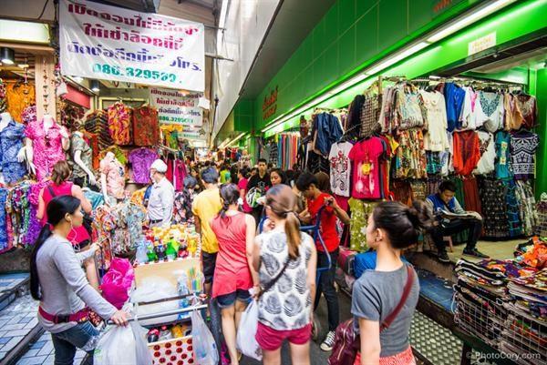 Buôn sỉ tại chợ Thái Lan