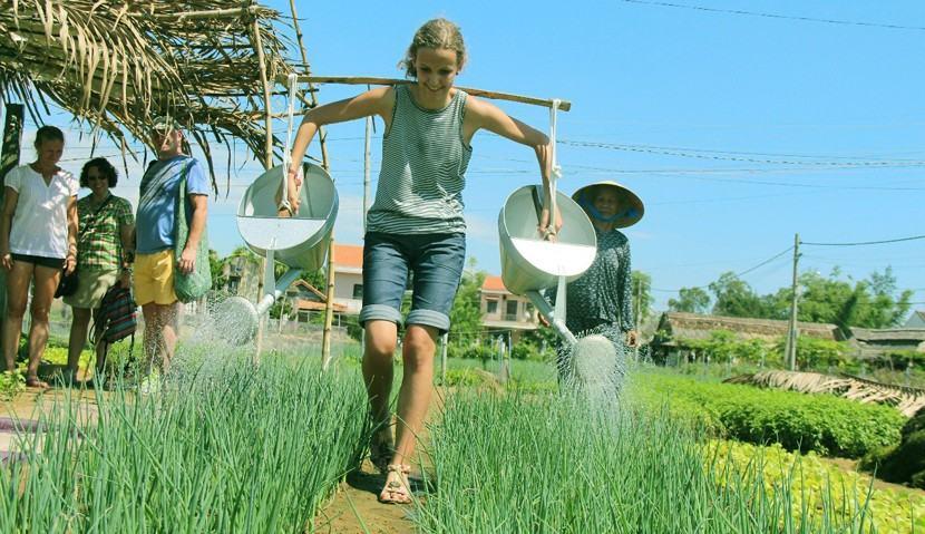 Làm giàu ở nông thôn bằng kinh doanh du lịch sinh thái
