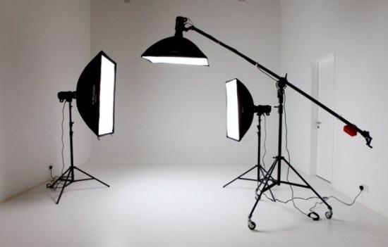 Chuẩn bị ánh sáng để chụp hình sản phẩm áo quần