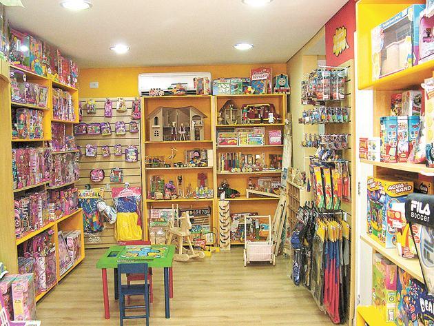 Kệ hàng kinh doanh đồ chơi trẻ em