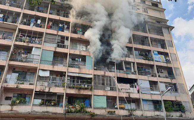 Cảnh sát thông tin vụ cháy chung cư Cao Thắng ở quận 5