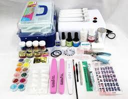 Kinh nghiệm mở tiệm nail - Số tiền mua dụng cụ làm móng chủ yếu dành cho các bảng sơn gel