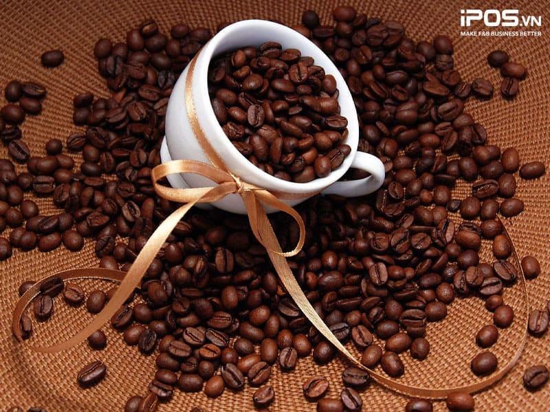 Hạt cafe là nguyên liệu chính đối với kinh doanh quán cafe