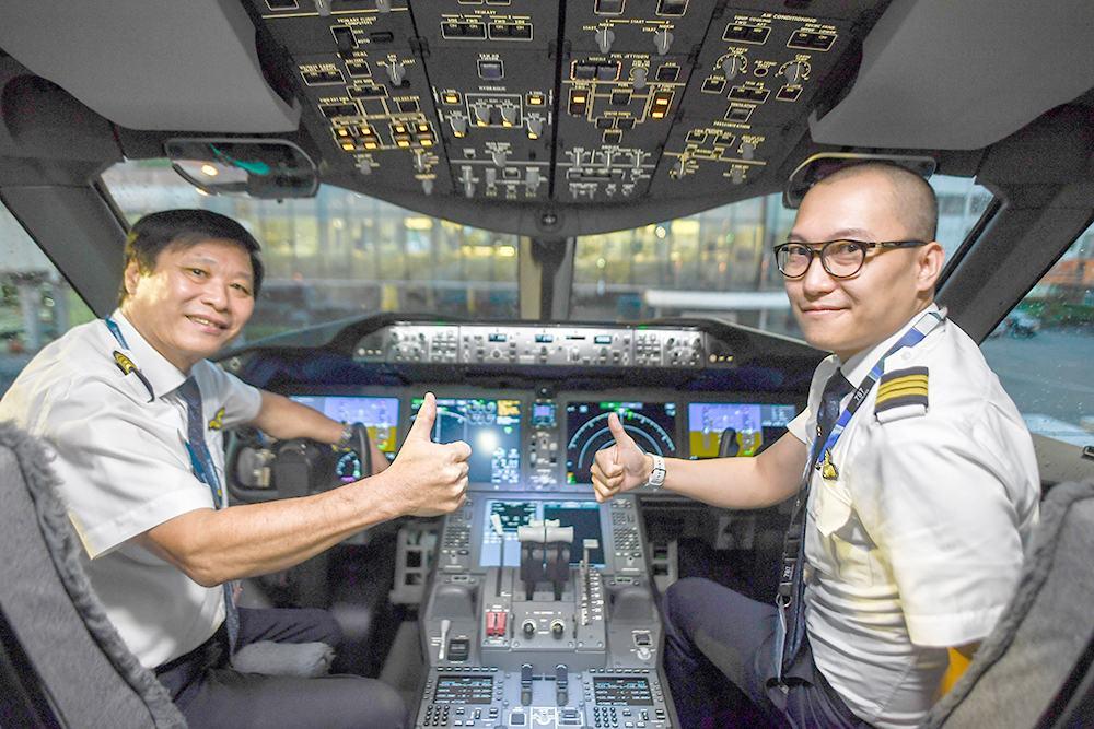 """Bao giờ Việt Nam hết """"cơn khát"""" phi công?"""