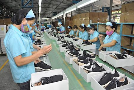 Các nguồn sỉ giày dép giá rẻ, uy tín, chất lượng 2021