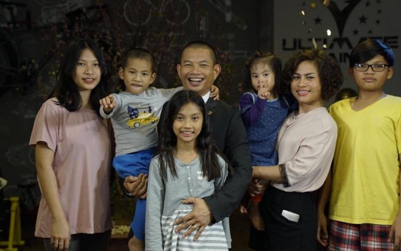 Gia đình của ông Phạm Thành Long